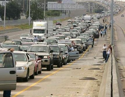 Evacuation from Hurricane Katrina. Photo: http://www.smh.com.au