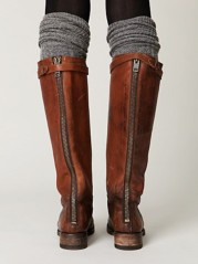 Wretchedly impractical but drool-worthy boots (Photo: bunow.com)