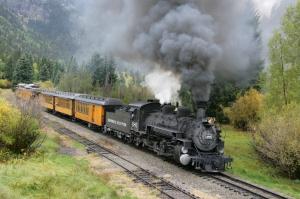 Oncoming train from billcaid.com