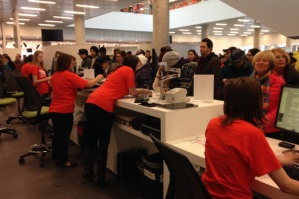Customers on opening day not using the self-check machines! (Photo: globalnews.ca)