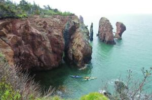 Sea kayaking for the braver than me (Photo: novascotia.com)